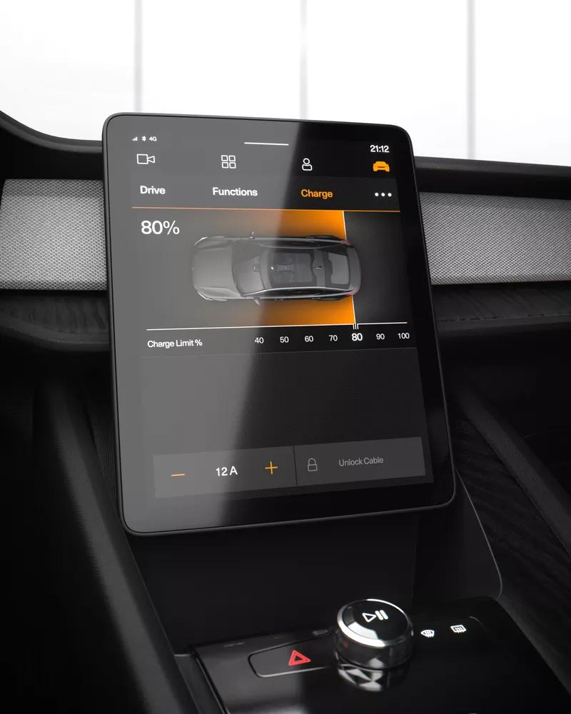 Tesla, le auto elettriche saranno vendute solo online
