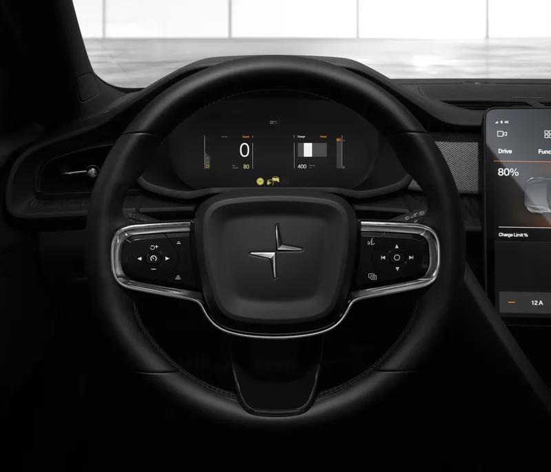 Tesla chiude i punti vendita: si compra solo online