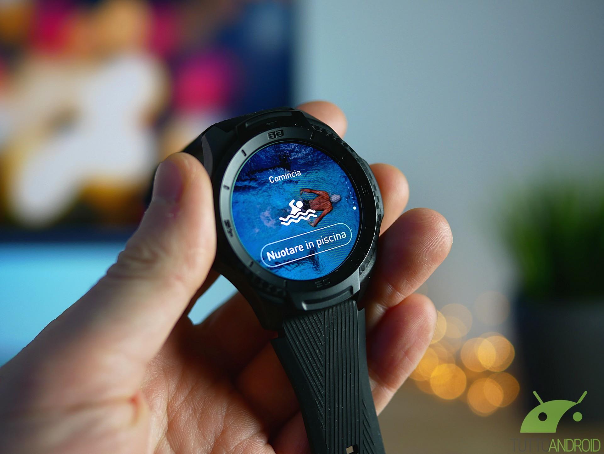 QnA VBage Recensione TicWatch S2: orologio con Wear OS, funzioni sportive e prezzo onesto