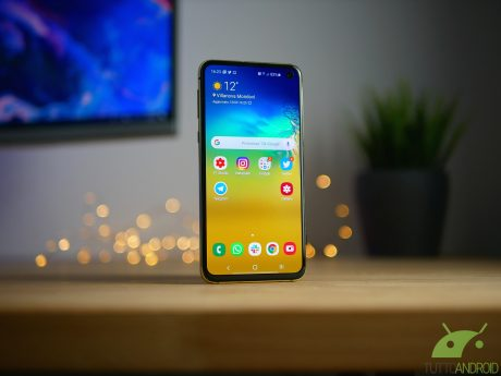 Samsung galaxy s10e 1