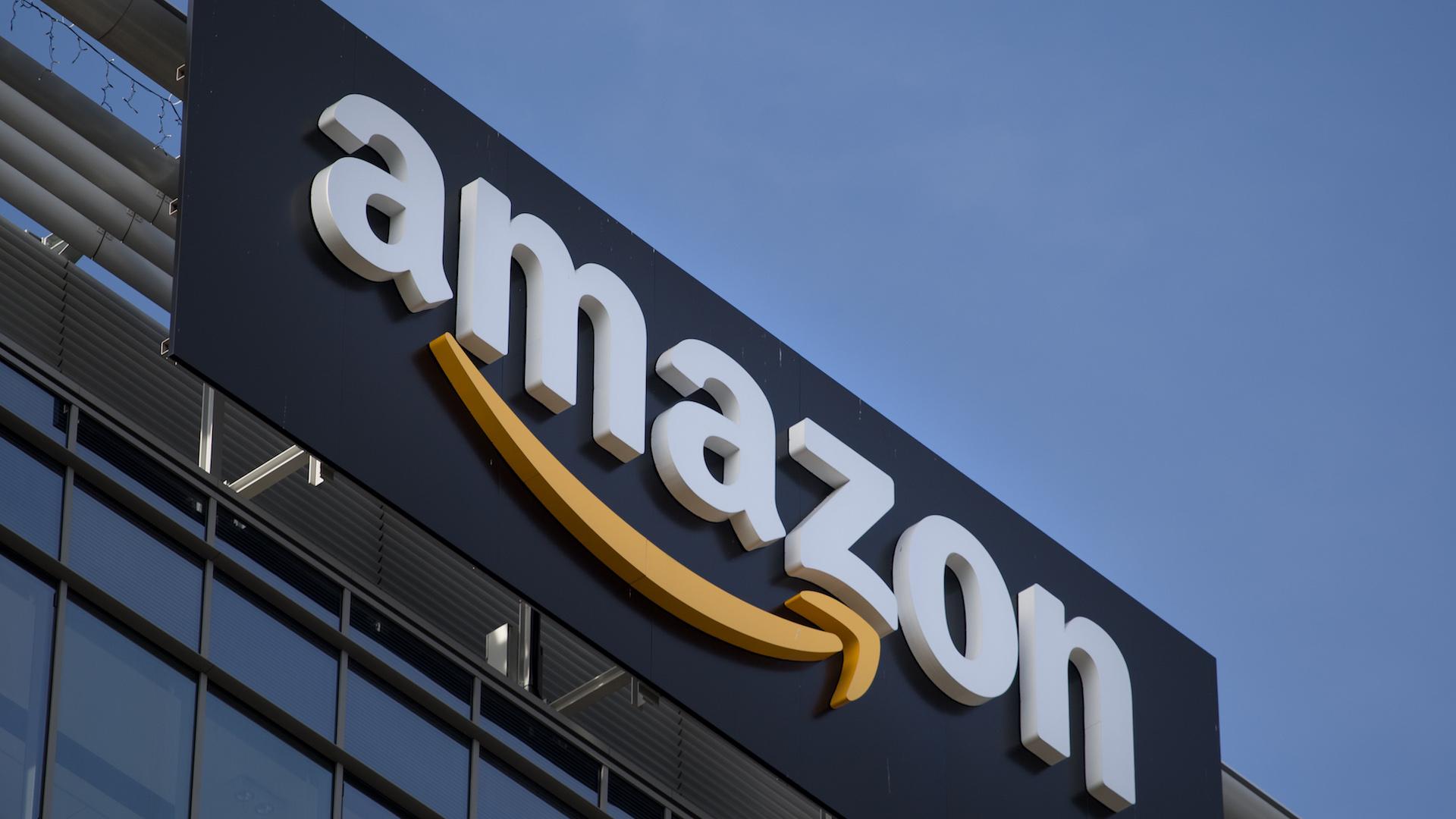 Amazon regala ad alcuni clienti un buono da 8 euro: ecco come ottenerlo