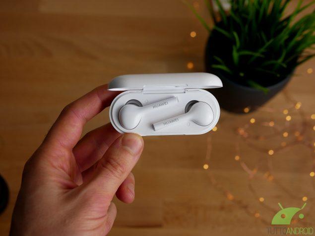 Huawei FreeBuds lite   auricolari in offerta su Unieuro