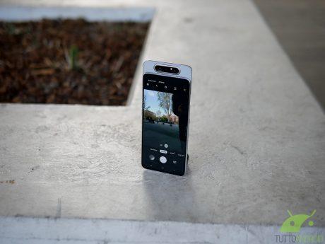 Samsung galaxy a70 4