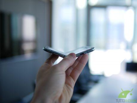 Il prossimo smartphone pieghevole di Samsung potrebbe non es