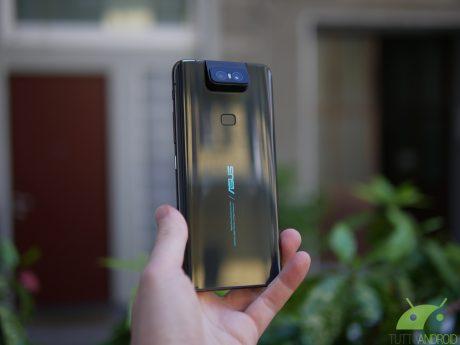 ASUS ZenFone 6 riceve il suo primo aggiornamento software in