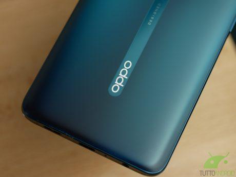 Il vostro smartphone OPPO si è rotto? Da oggi potete prenotarne il ritiro autonomamente