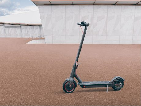 Mi Electric Scooter Pro 01