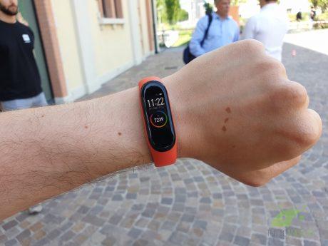 Potete acquistare Xiaomi Mi Band 4 a 28,90 euro con questa o