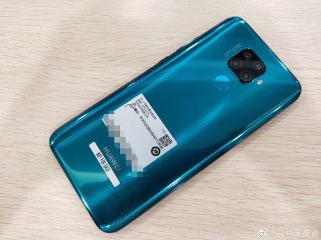 Nuove immagini di Huawei Mate 30 Lite evidenziano un design