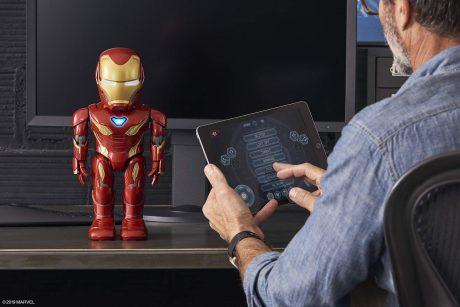 Xiaomi avenger robot