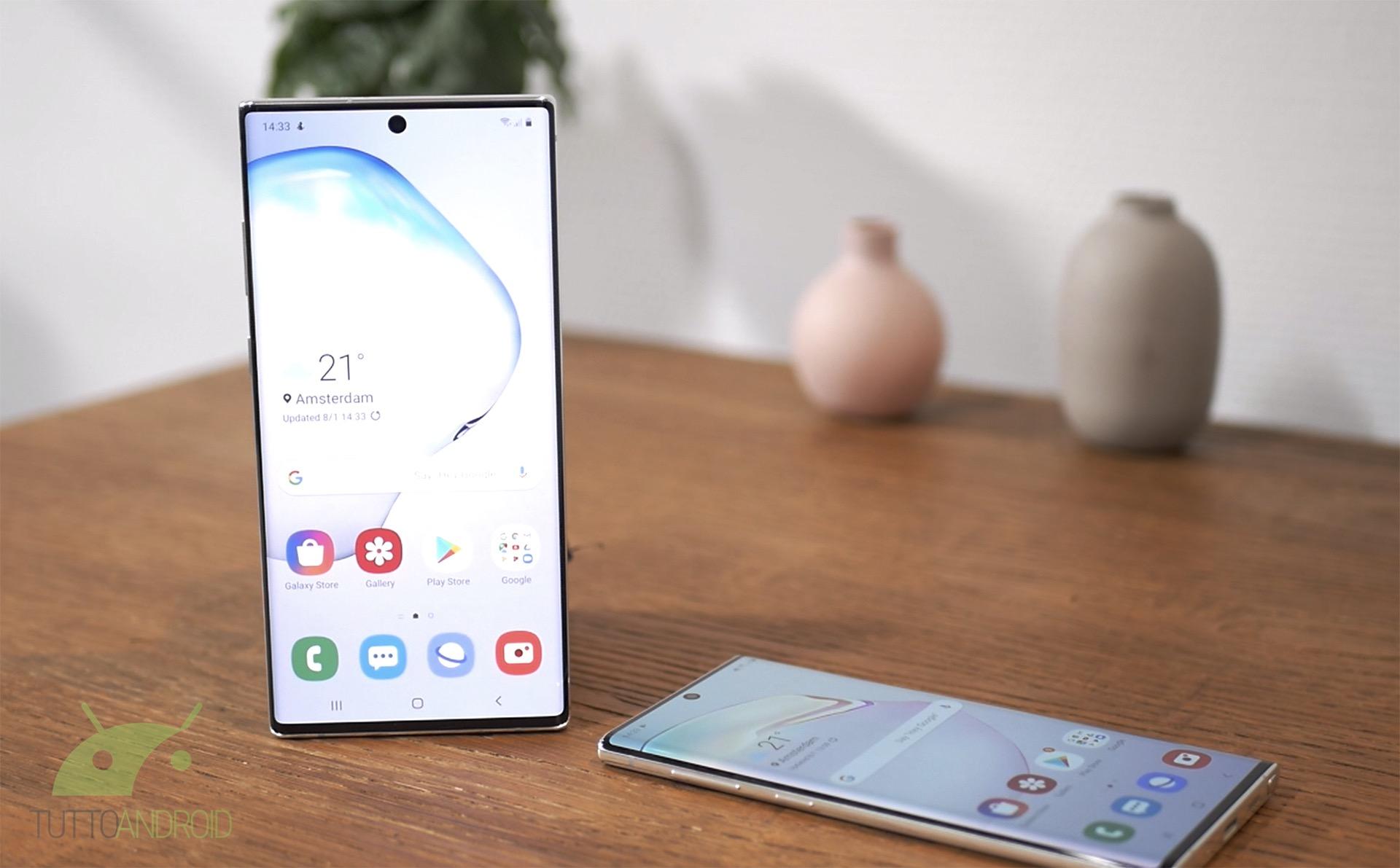 Samsung Galaxy Note 10 e Note 10+ ufficiali: minimalismo