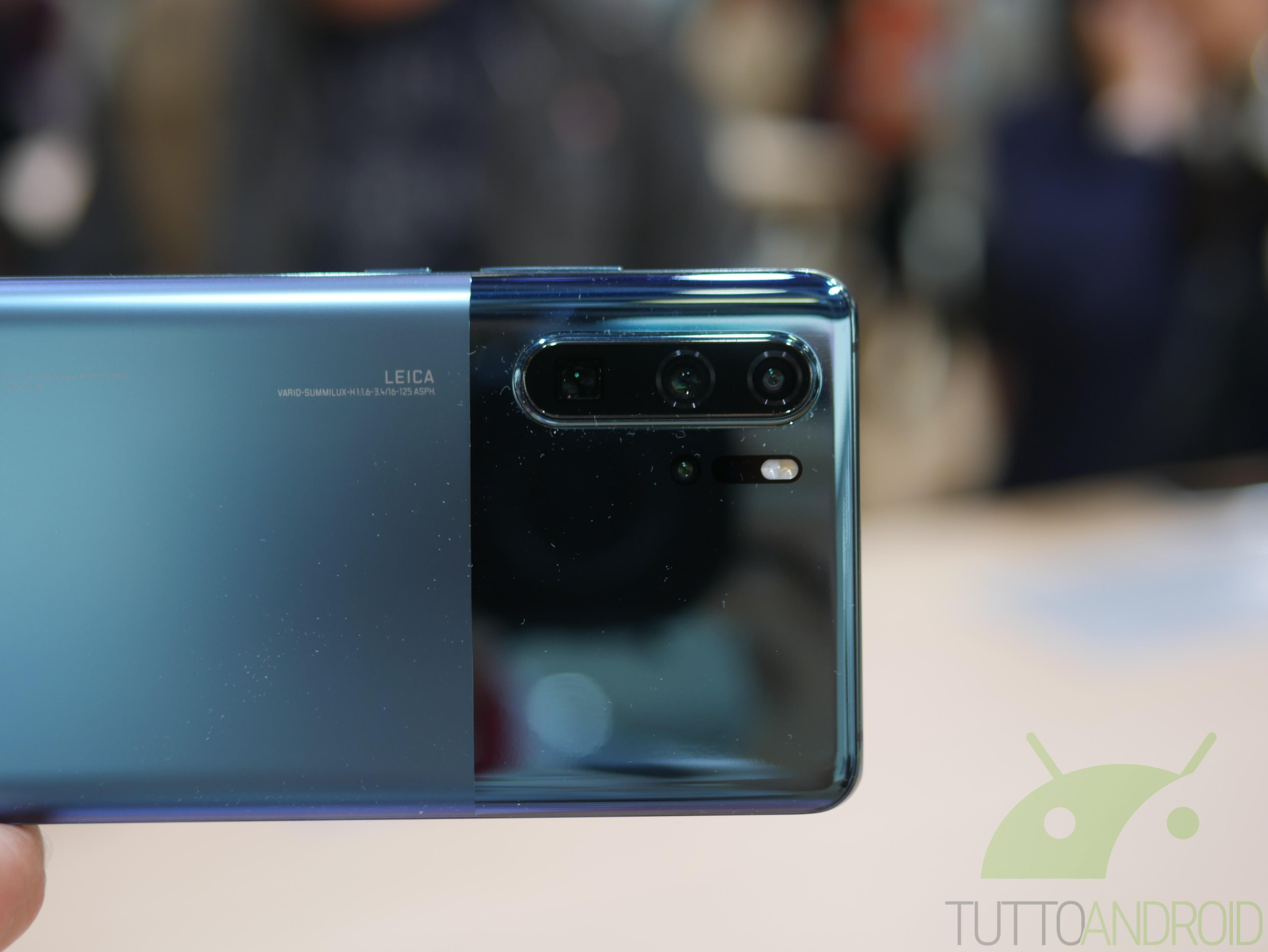 C'è un nuovo aggiornamento per Huawei P30, Huawei P30 Pro e