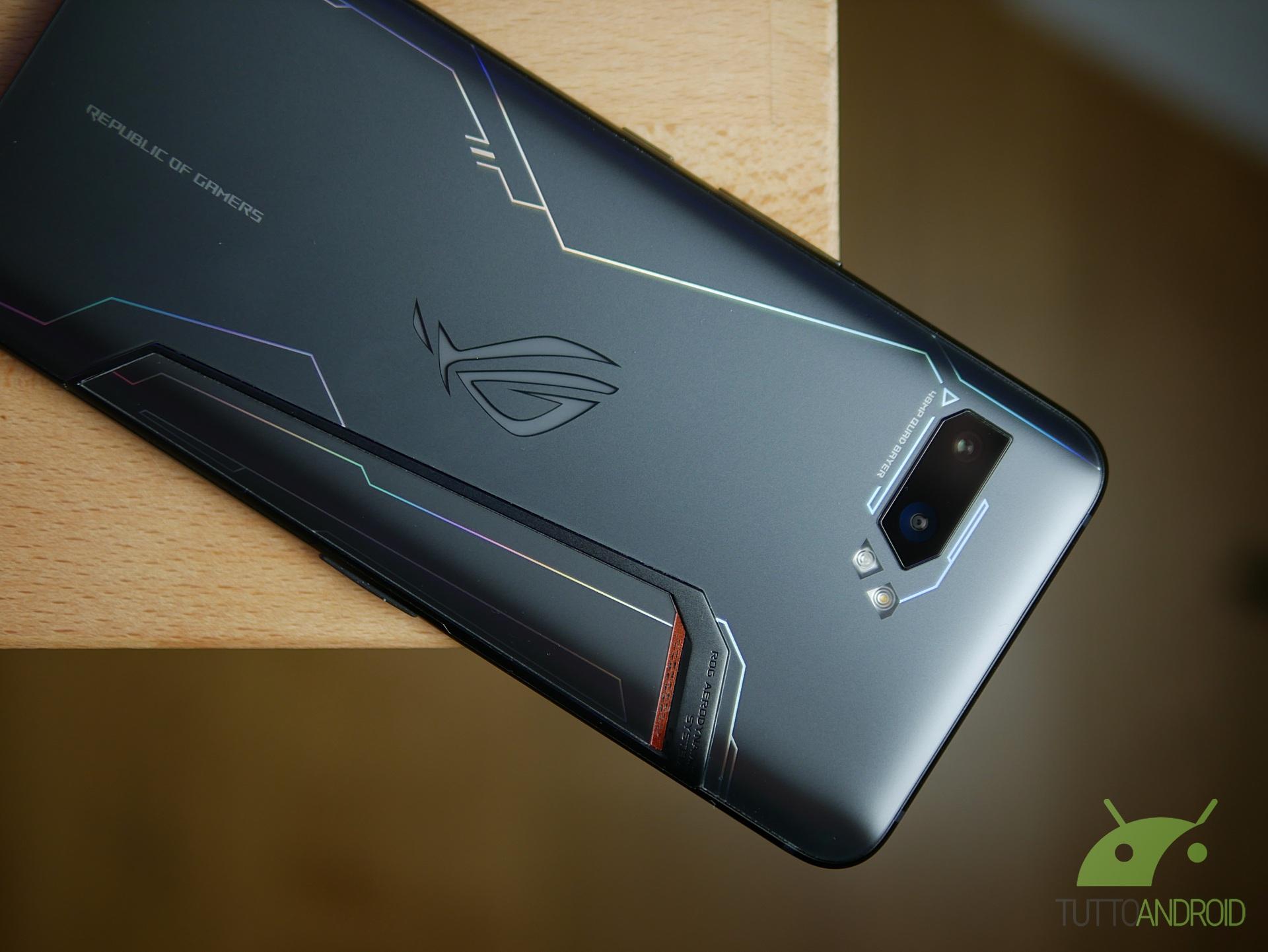 LineageOS aggiunge il supporto per Asus ROG Phone 2 e altri smartphone