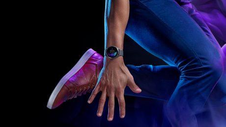 Garmin venu smartwatch hero