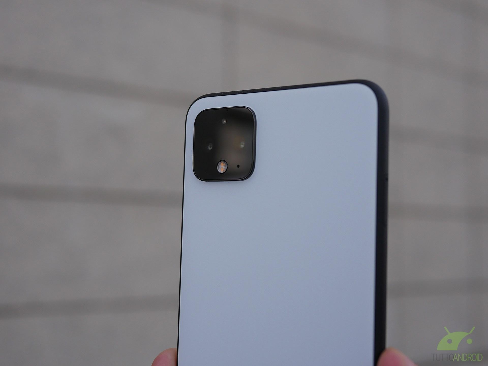 Grave falla su Android: la fotocamera potrebbe essere usata