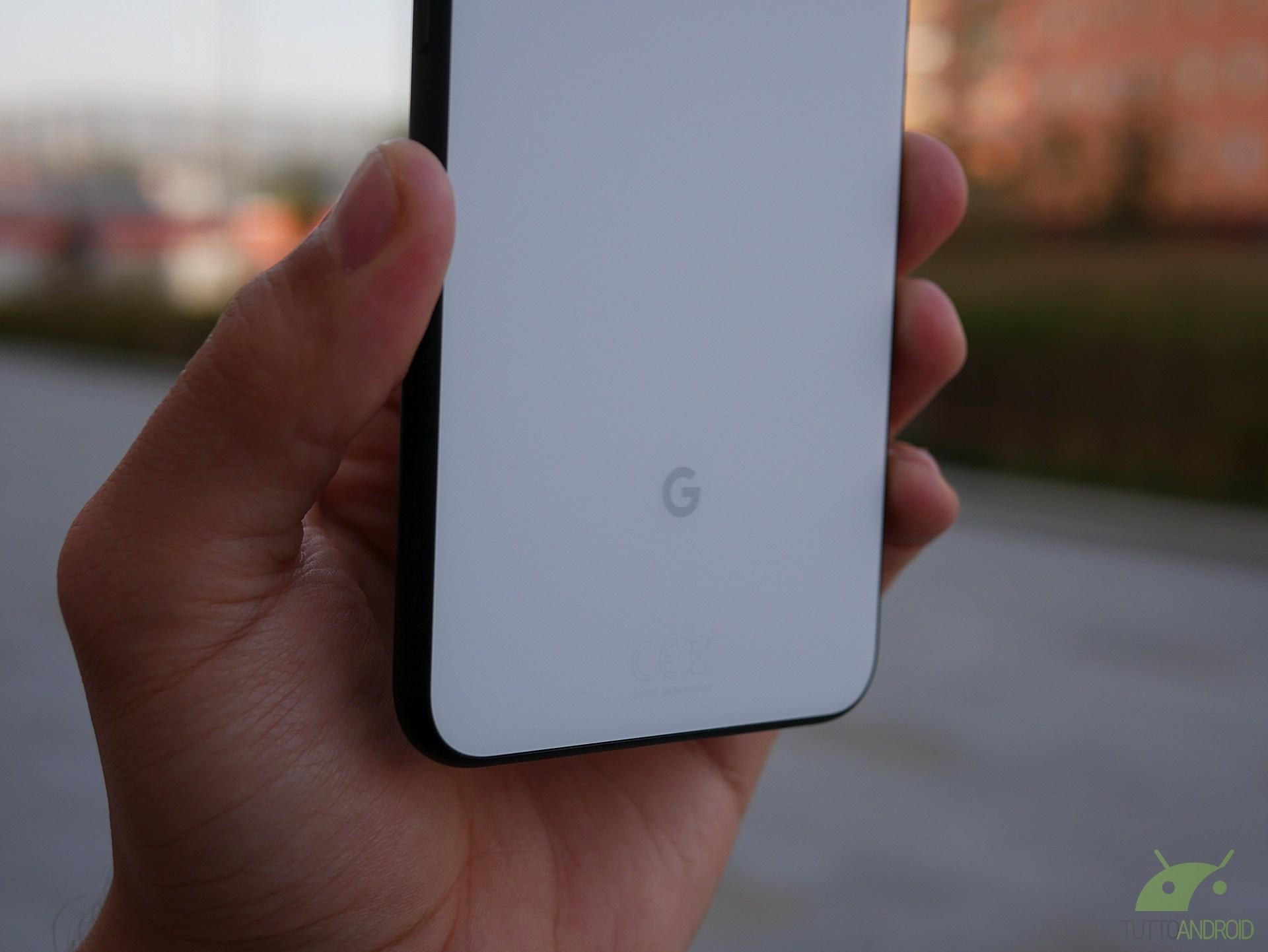 Google Pixel 4a XL avrebbe potuto avere una doppia fotocamer