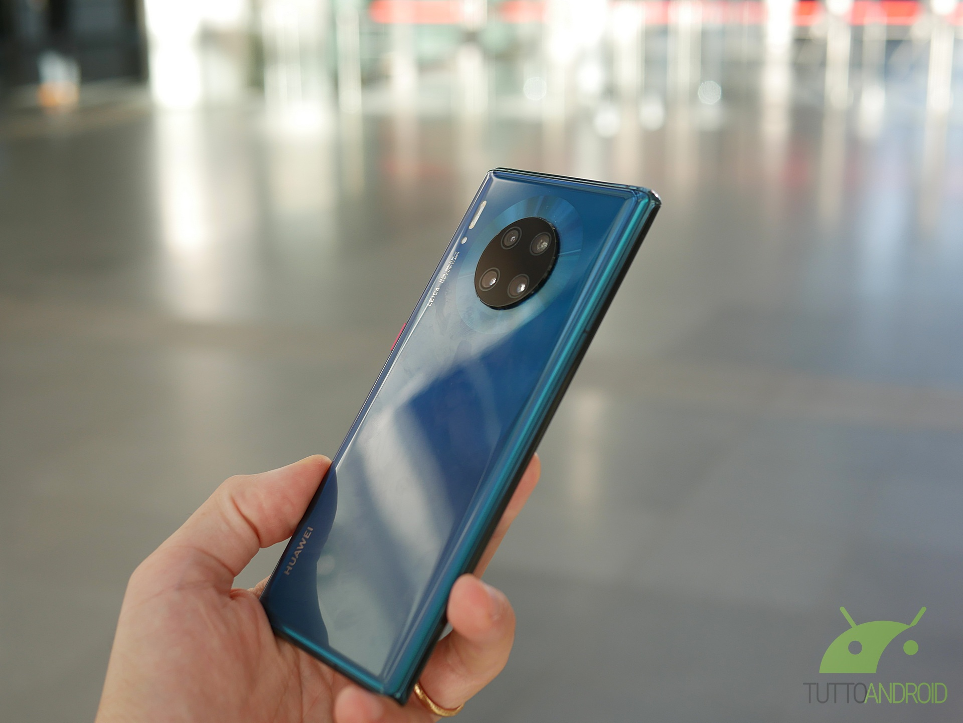 Huawei festeggia un grande traguardo lanciando un Mate 30 Pr