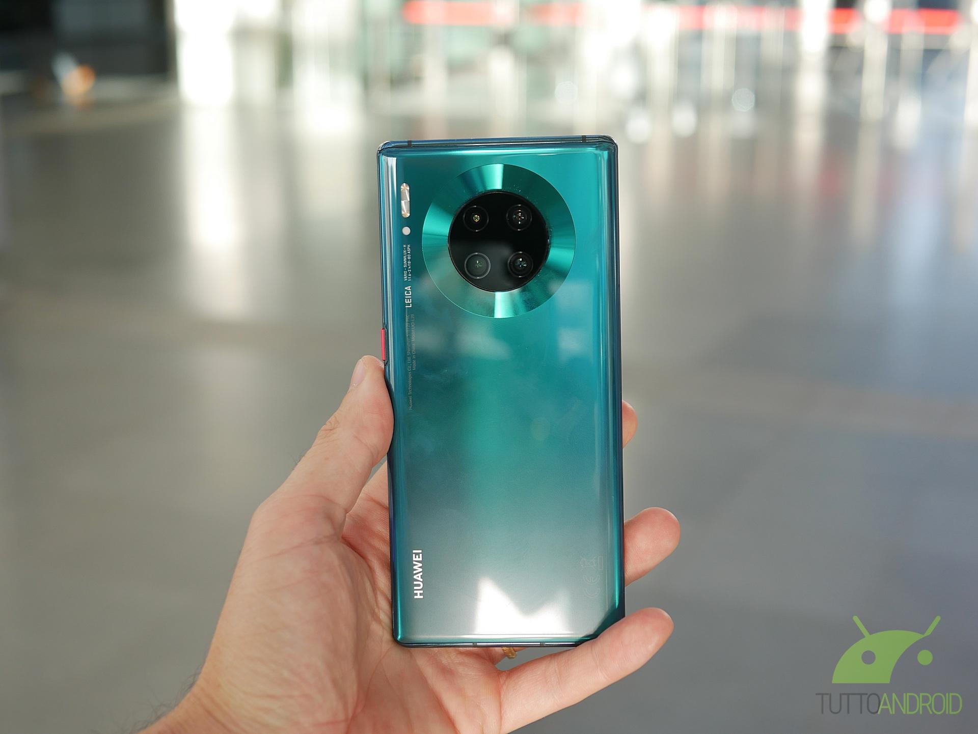 Huawei P40 potrebbe essere lanciato globalmente, nonostante i problemi con ...