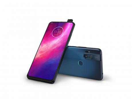 Motorola One Hyper copertina