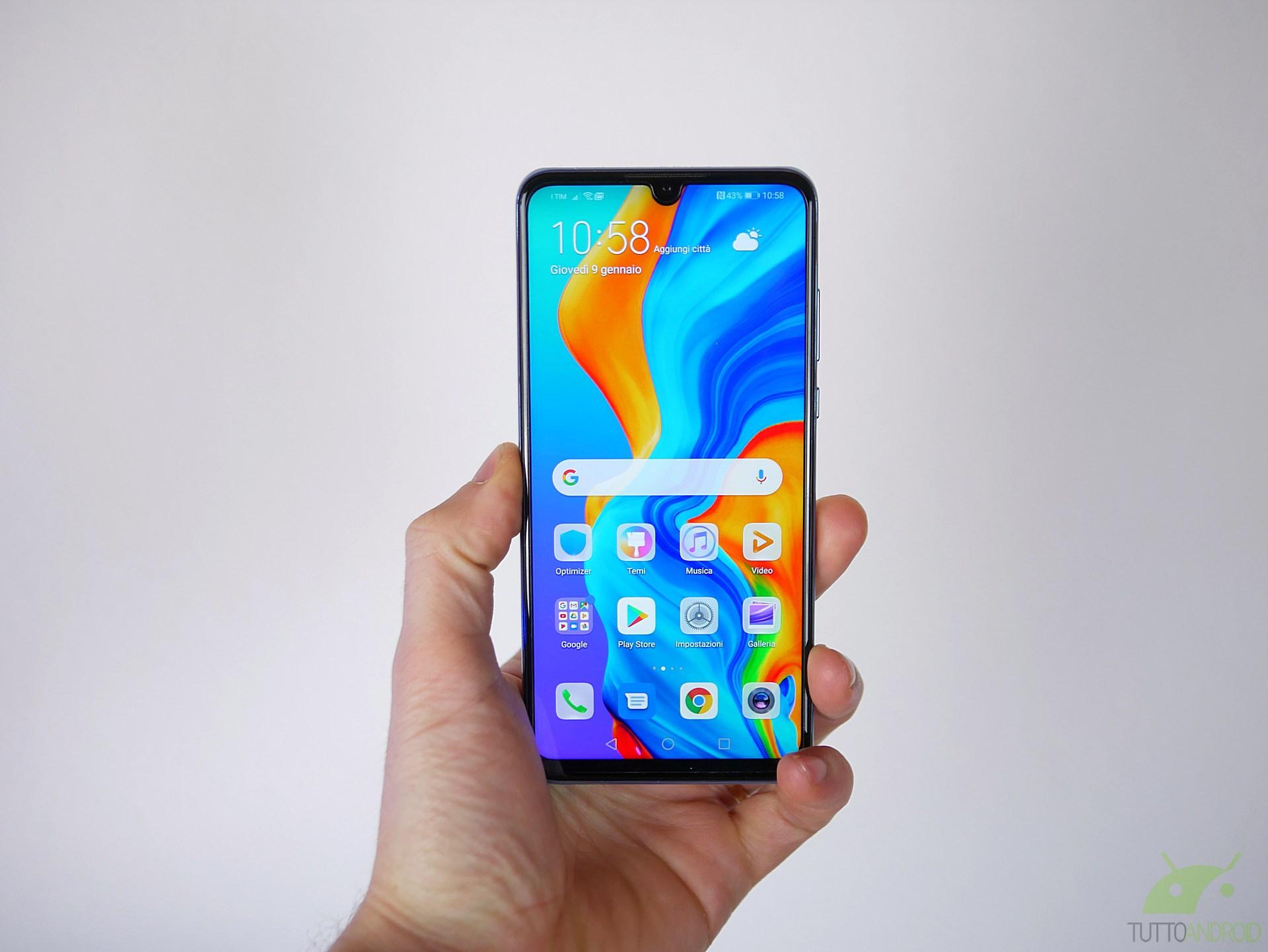 HarmonyOS, in Cina, inizia a prendere il posto di Android: si parte dal P30