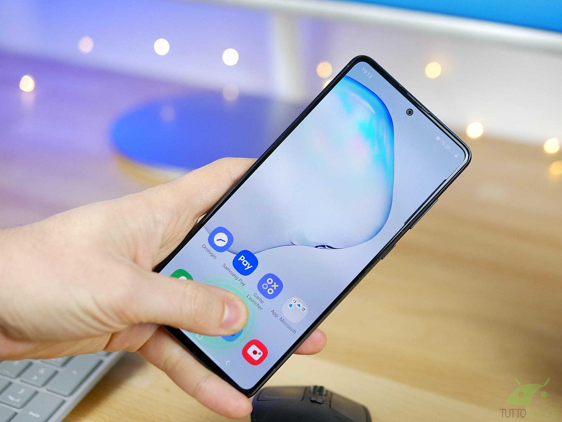 Samsung One Hand Operation + si aggiorna ed è sempre più uti