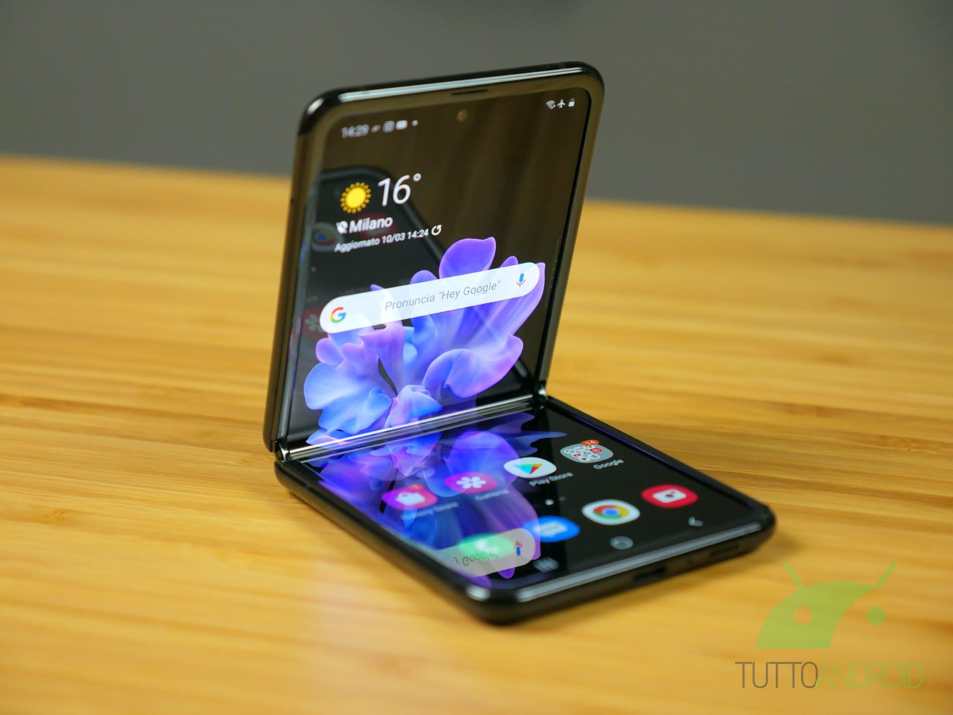 Android 11 sembra più vicino per Samsung Galaxy Z Flip, Redmi Note 8/8 Pro