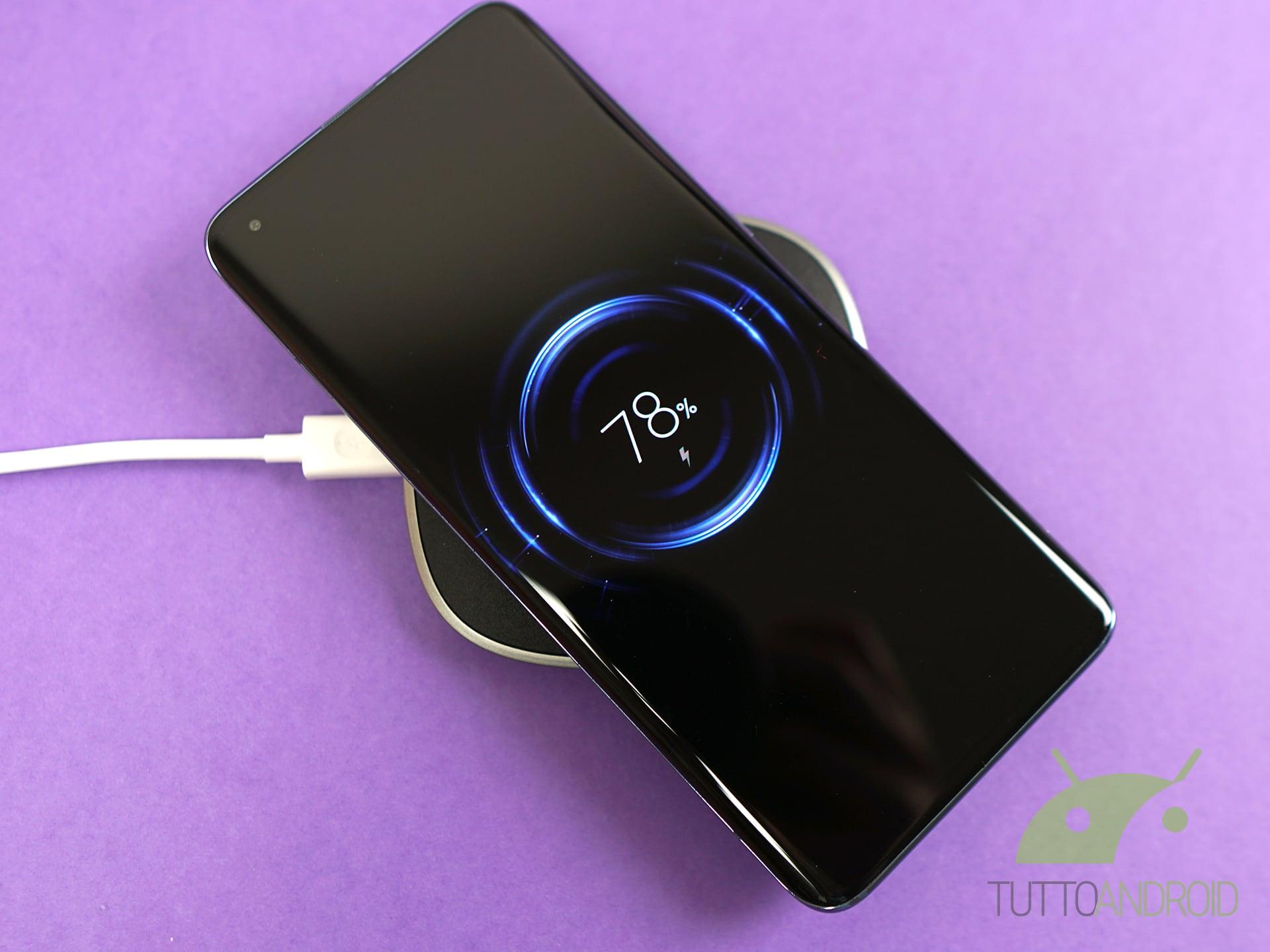 Recensione Xiaomi Mi 10 Pro ricarica wireless