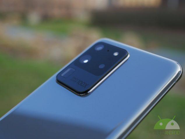 Samsung Galaxy S20 Ultra 5G gruppo fotocamere