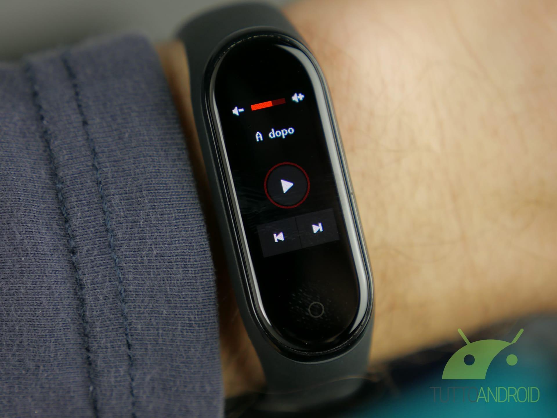 Xiaomi Mi Band 4 personalizzazione risposta rapida player musicale