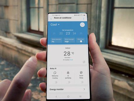 samsung smartphone tutto schermo pubblicità