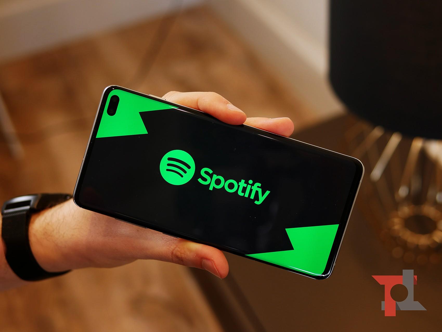 Spotify consente di accedere al servizio con l'account Google