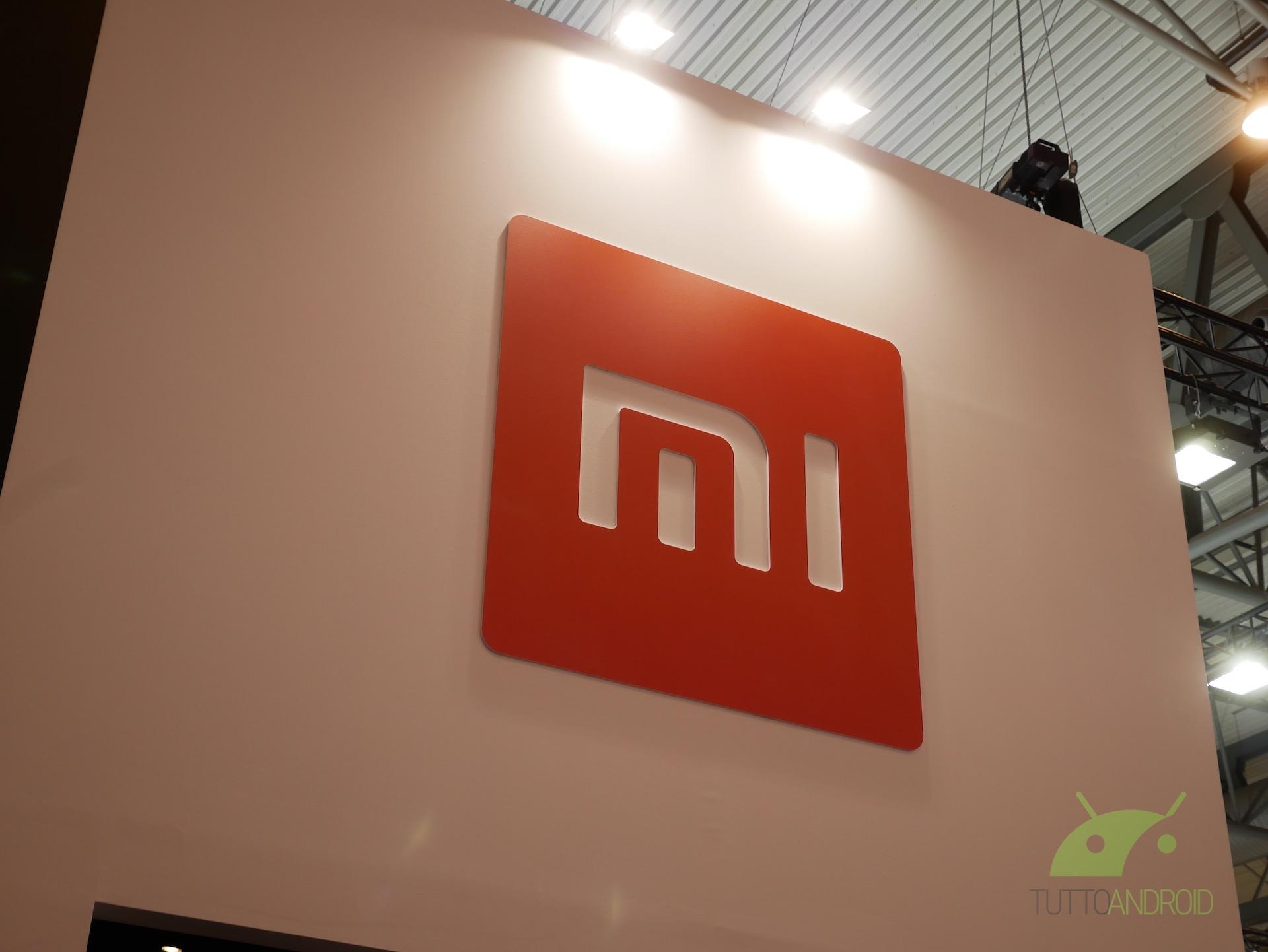 Xiaomi presenta un TV OLED trasparente da oltre 7.000 dollari