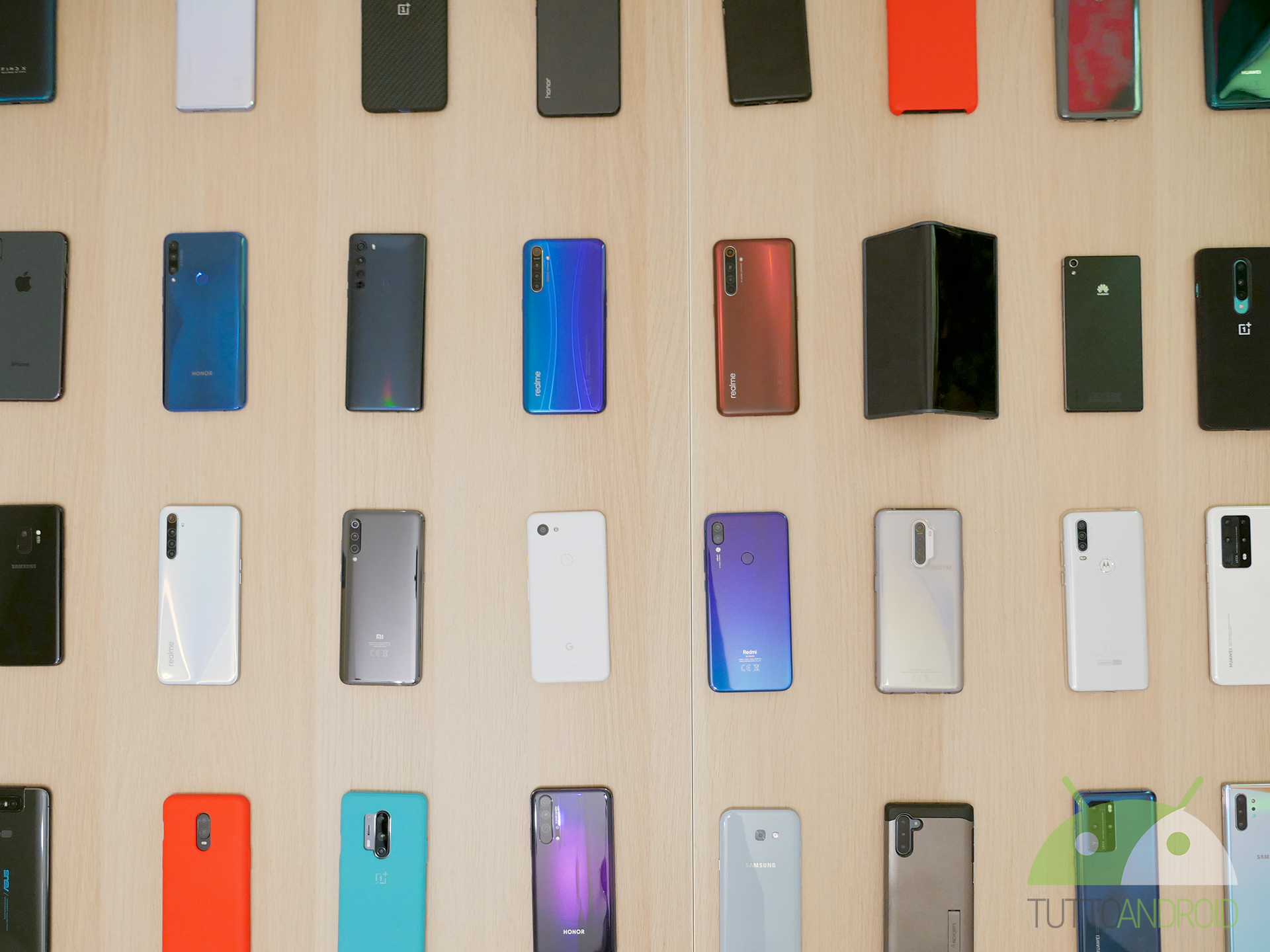 Apriamo la settimana con tante offerte eBay sugli smartphone Android