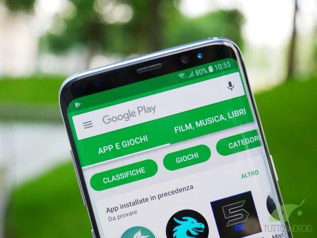 Il Google Play Store su smartphone permette di impostare le
