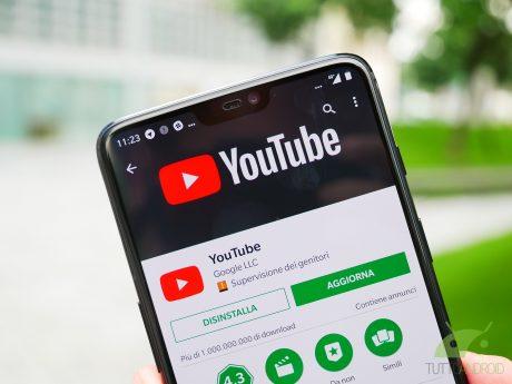 I video di YouTube a schermo intero possono ora scorrere per