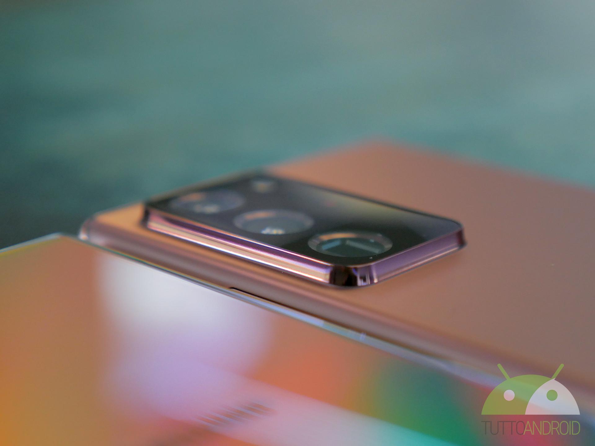 Samsung Galaxy Z Fold 2, questa volta mi piace