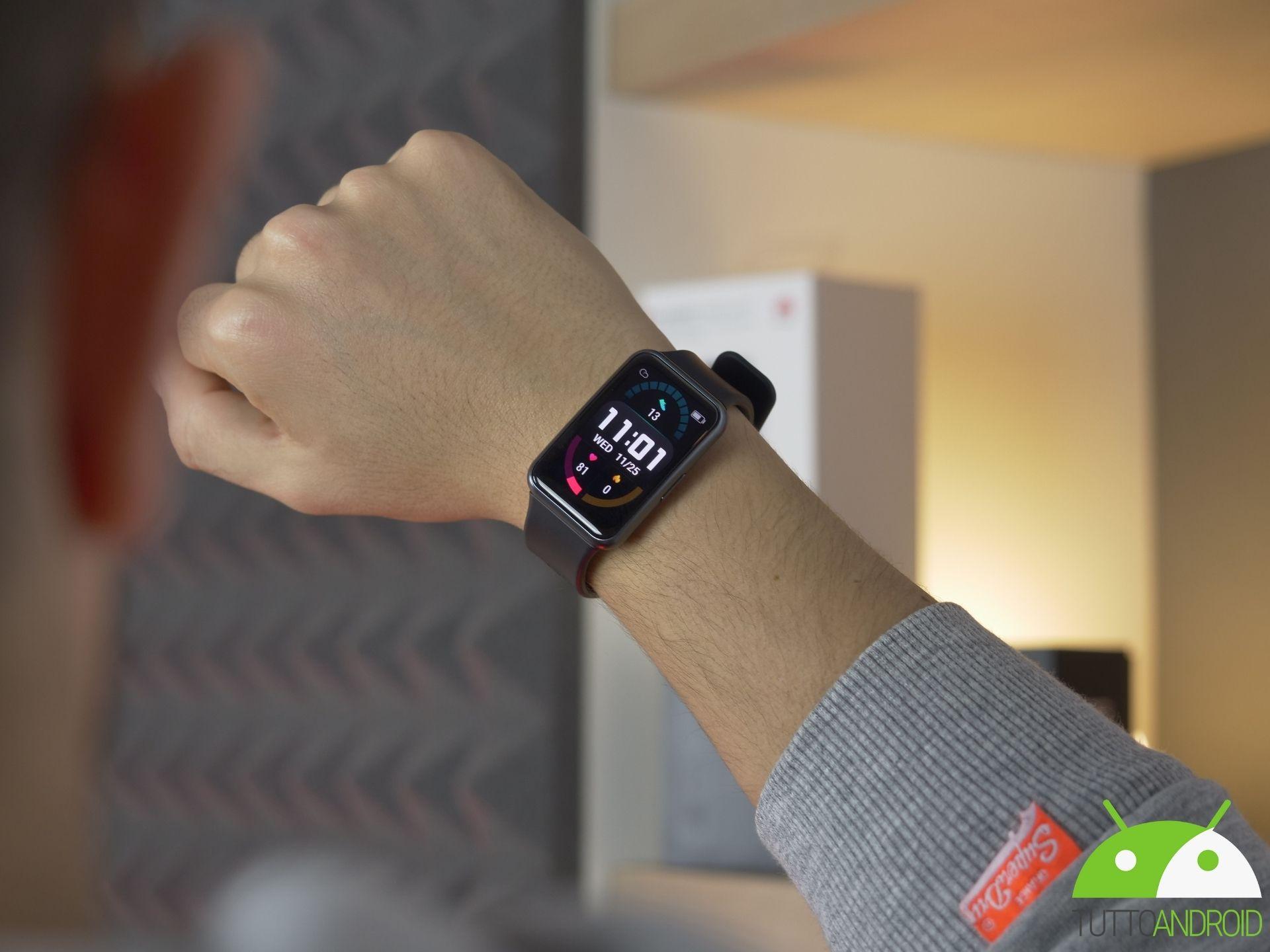 migliori-smartwatch-sotto-i-100-euro-tta-1