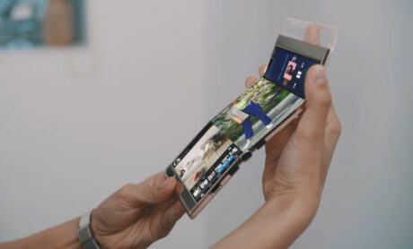 samsung smartphone display tablet pieghevole video