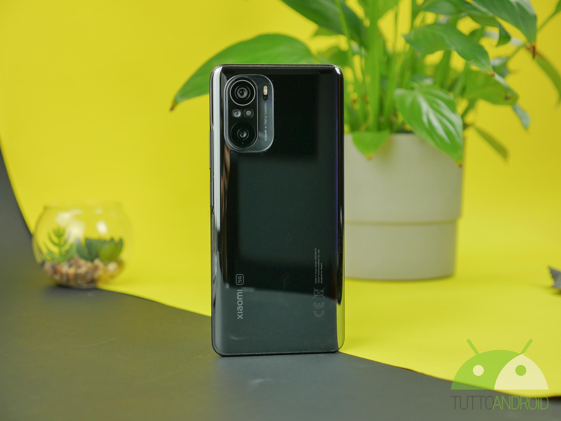 Vodafone Happy Black Limited Edition por …