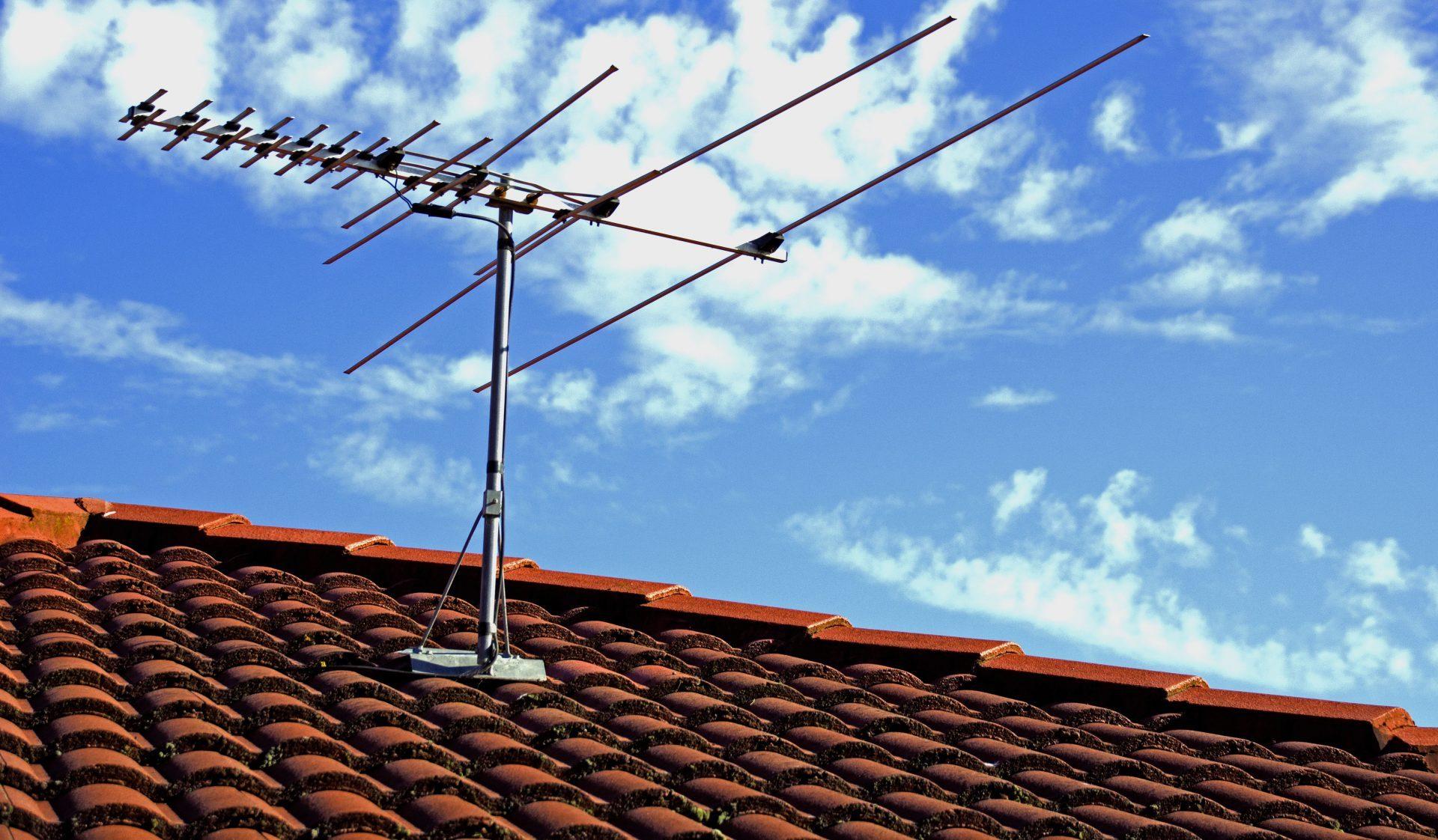 Lo switch off è vicino: vari canali RAI e Mediaset si spegneranno a ottobre