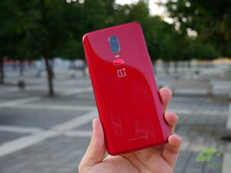 OnePlus 6 rosso red