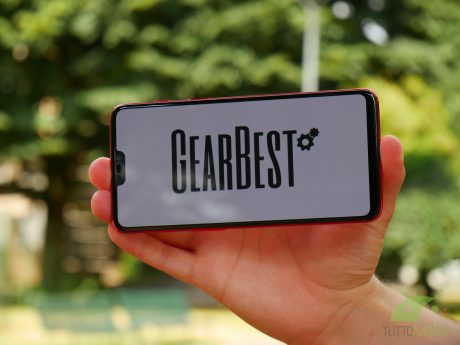 Continuano le promozioni su GearBest, con smartphone, gadget