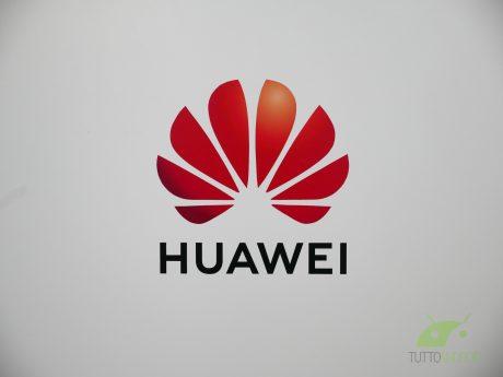 """Il CEO di Huawei contro Google: """"perderete 800 milioni di ut"""