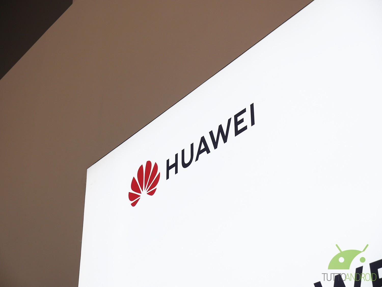 Nuovi teaser per la gamma Huawei P30, ancora una volta sul comparto fotografico
