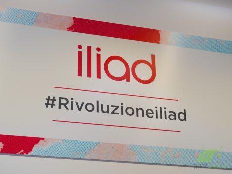 """Iliad ha portato in Italia """"la tecnica dello sconto di 1 cen"""