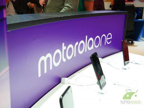 Motorola One anticipa il suo arrivo in Italia e sarà presto