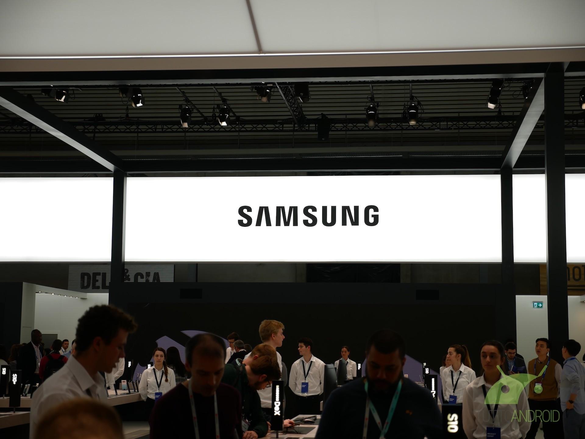 Notch inversi e doppi: il futuro di Samsung sarà davvero par