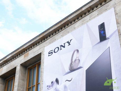 Sony Xperia XA2, Sony Xperia L2 e Samsung Galaxy A5 (2017) r