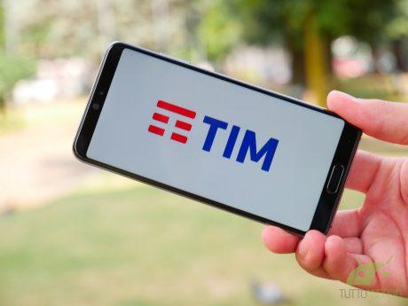 TIM rimodula alcune offerte e regala Internet e cinema per i