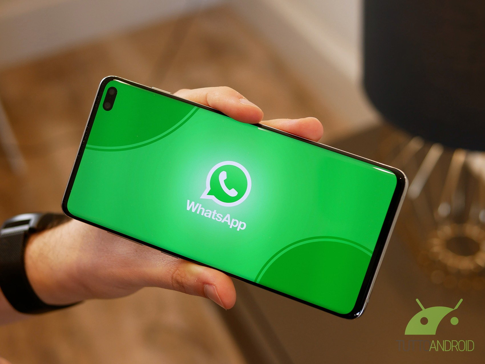 Su WhatsApp Beta arriva una feature per trasferire un accoun